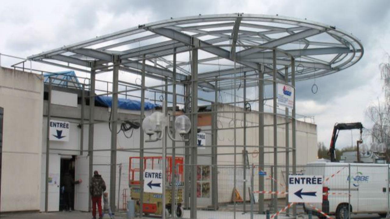 Auvent Carrefour de Tourville-La-Rivière